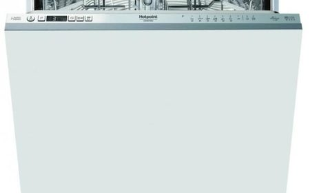 Review pe scurt: Masina de spalat vase incorporabila HOTPOINT HKIO3C21CW